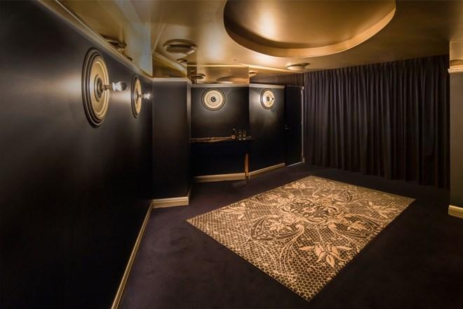 champagne-room.jpg